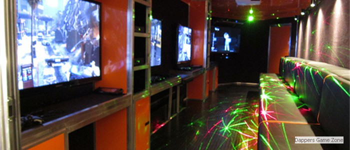5 HUGE TVs In Our Mobile Game Theater